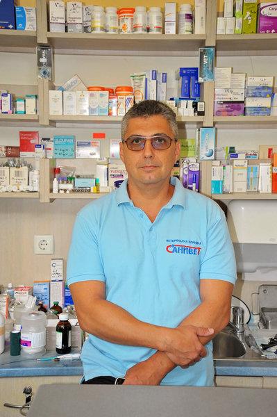 Ветеринарен лекар - д-р А. Тачев - Санивет, Велико Търново
